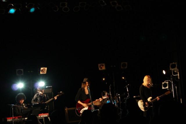 White White White TOUR:11/30 OSAKA (1)